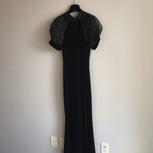 Gorgeous, floor length Badgley Mischka gown
